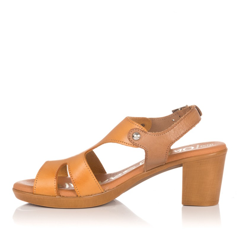 Sandalia tacón piel Sandals